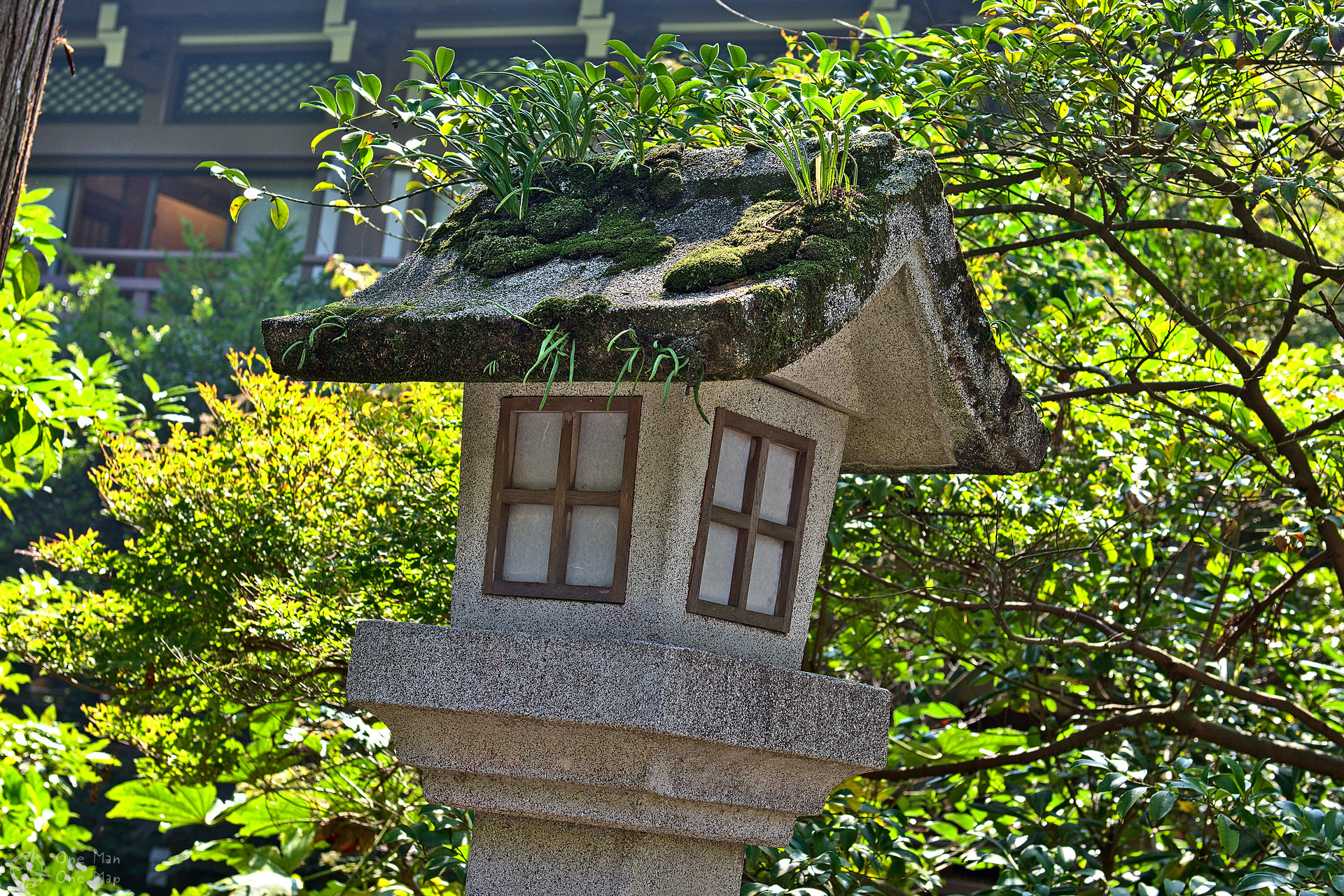 Temple overflow in kamakura one man one map as always it was amazing to see how well traditional japanese architecture fit into nature in europe most churches are made of of stone or concrete biocorpaavc Image collections